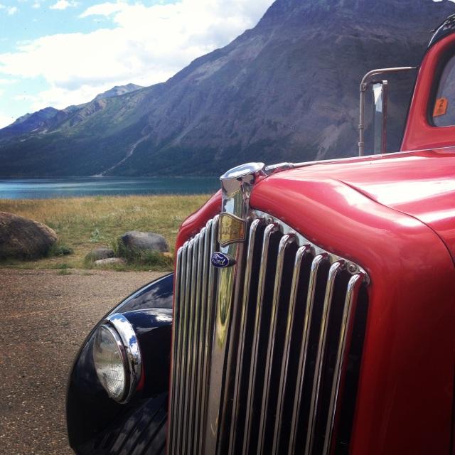 Glacier Red Tour Bus